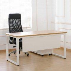 <b>钢木办公桌</b>